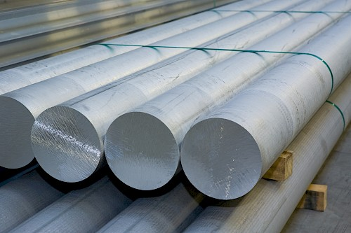 Aluminium long-billets (logs)