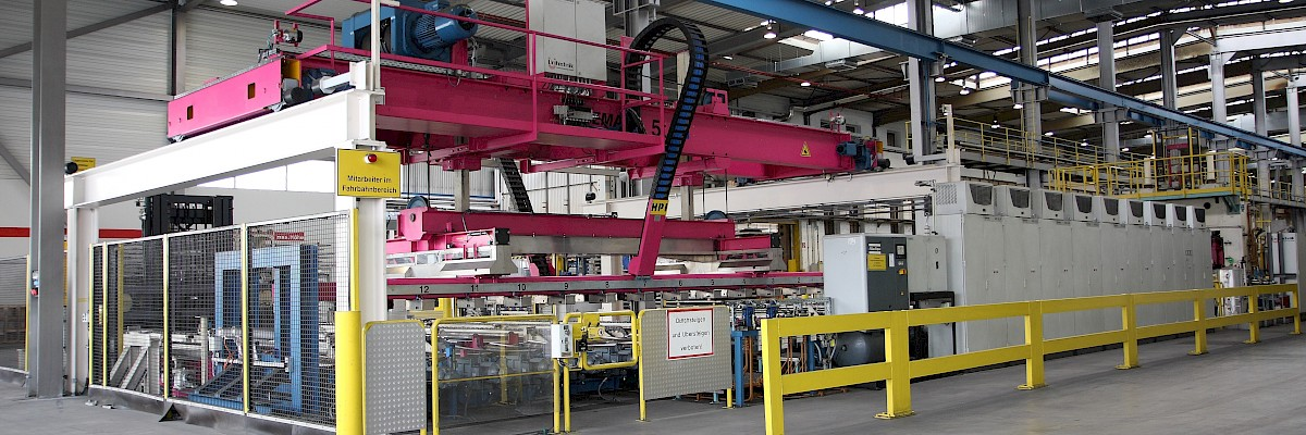 Handling and stacking - Stacker (piler) for hot rolled aluminium plates