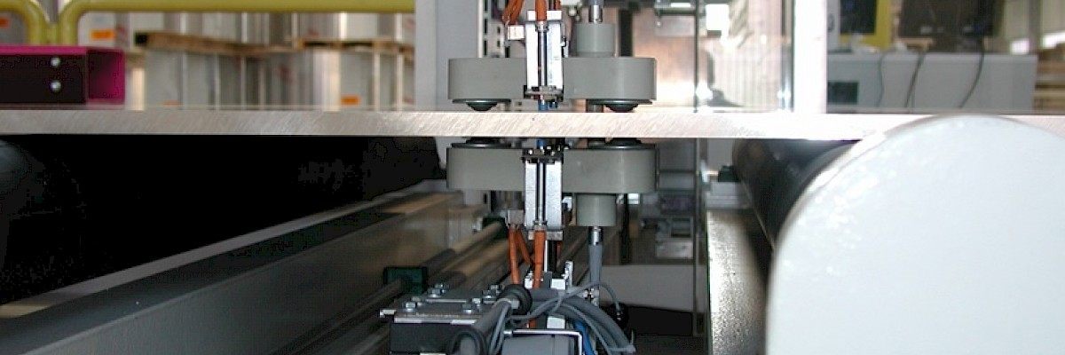 Measuring & testing equipment - Eddy current testing equipment for aluminium plates