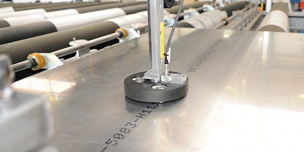 Conductivity measurement of aluminium plates